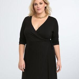 NWT Torrid Wrap Midi Dress Size 3 or 3X or 22/24
